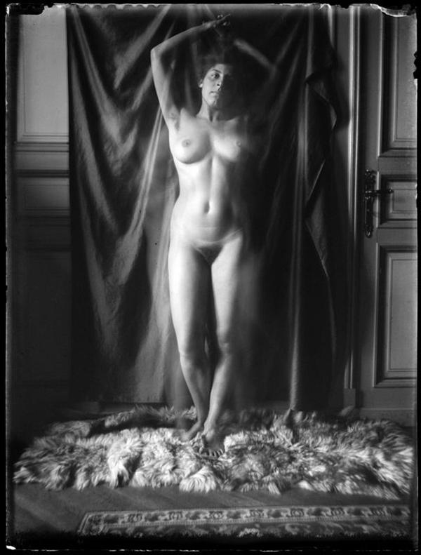 Katharina Eleonore Behrend - Nude Self-portrait (1908)