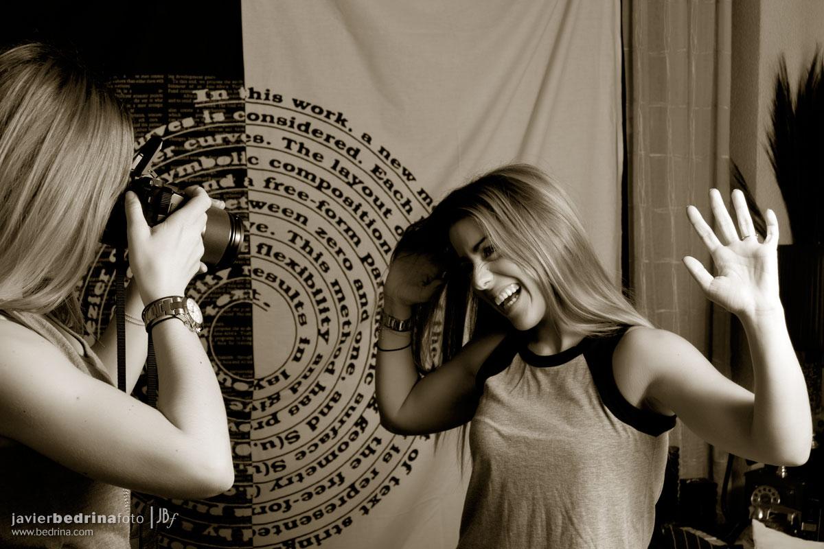Gemelas fotografiando