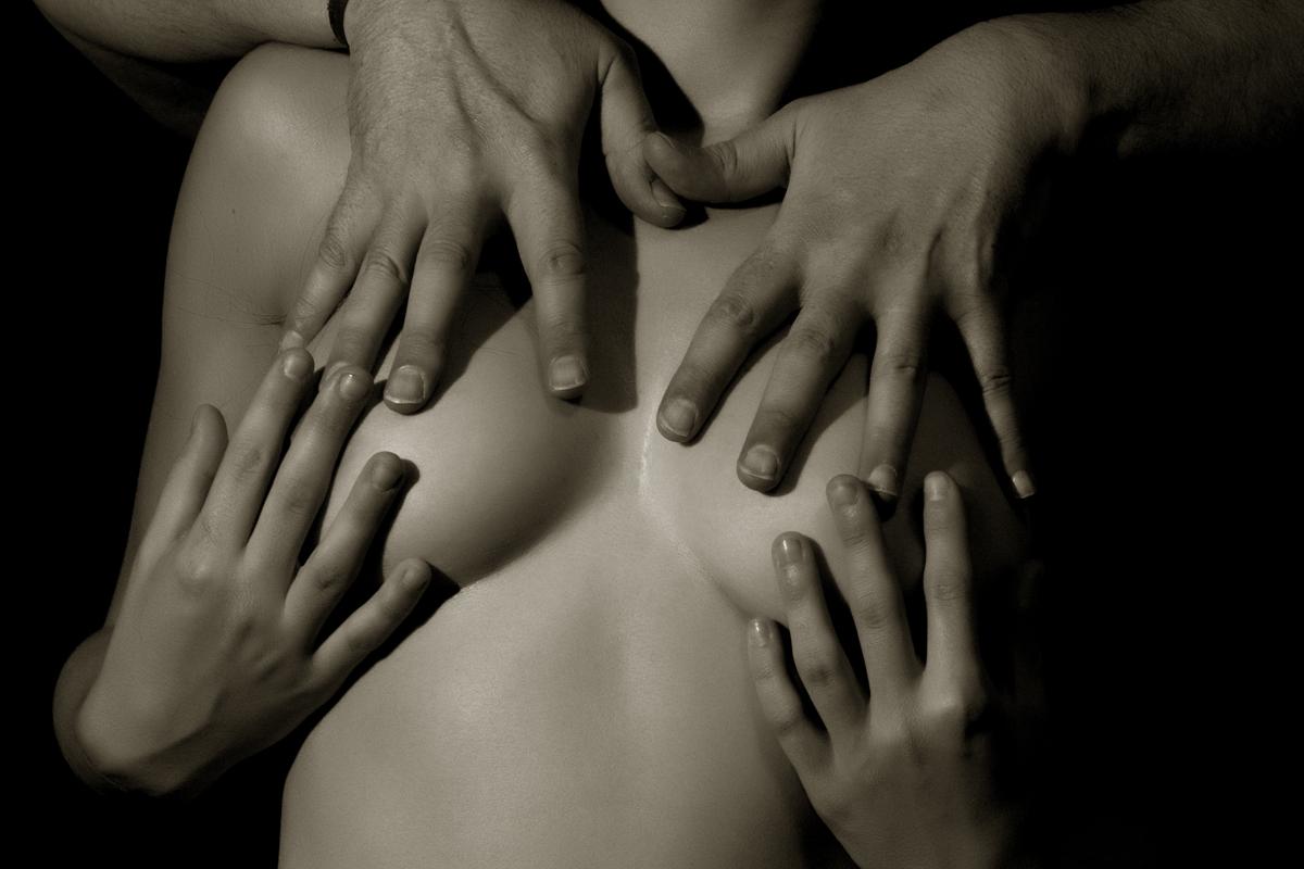 Cuatro Manos - Four Hands 42