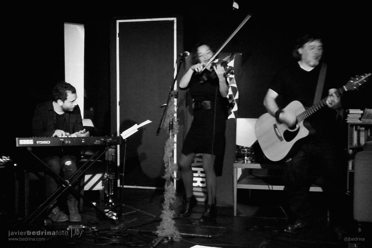 Concierto de Montxika Baut en el Teatro del Barrio