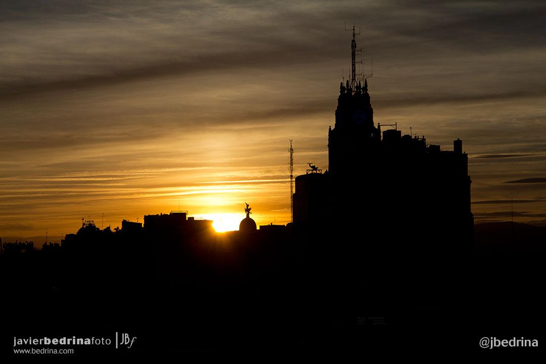 Puesta de Sol con el Edificio de Teléfonica de Gran Vía